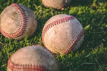 balls-baseball-close-up-1308713